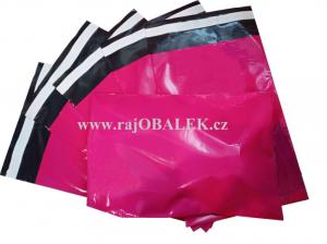 Růžové plastové obálky 17x25cm